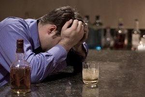 лечить алкоголизм